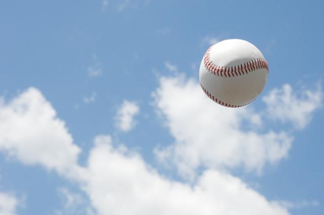 日米大学野球 アメリカ代表メンバーに1,2年生しかいないのはナゼ??